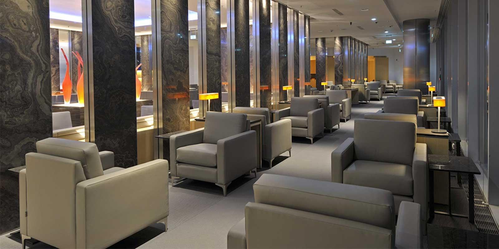 maple-leaf-lounge-1600x800