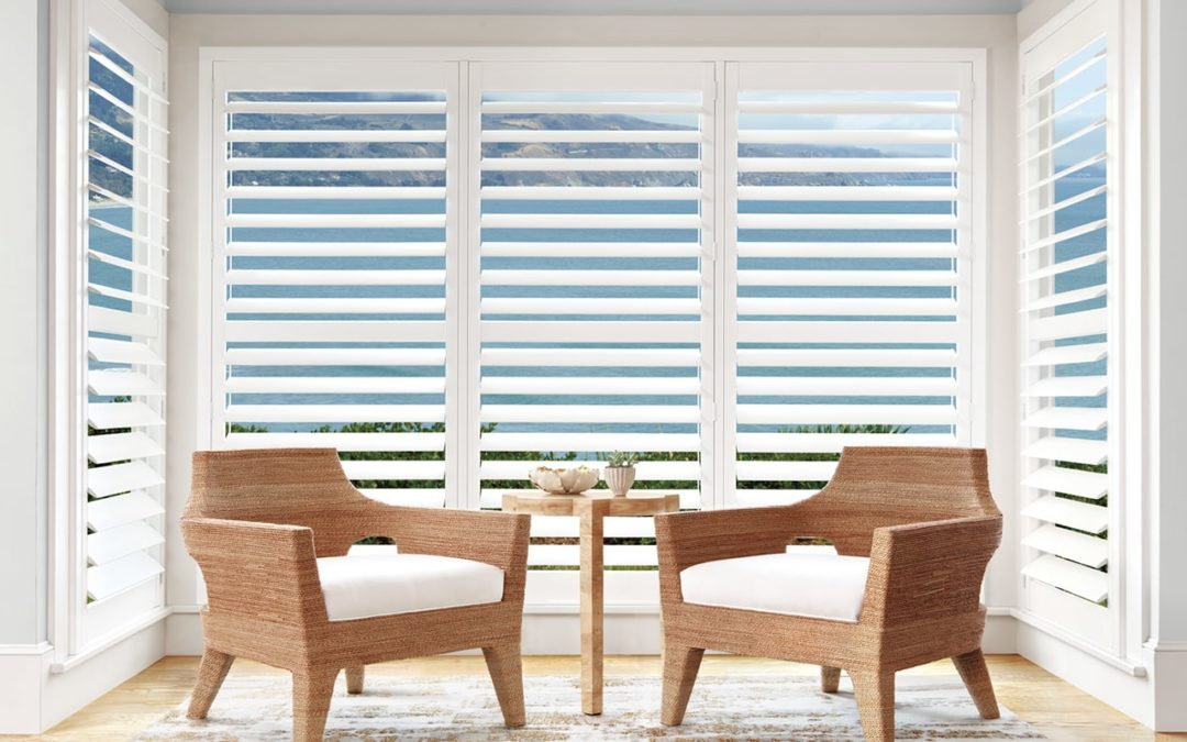 PALM BEACH™ Polysatin™ Shutters Hunter Douglas